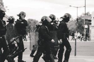 Violência policial, legados da ditadura e risco para instituições democráticas