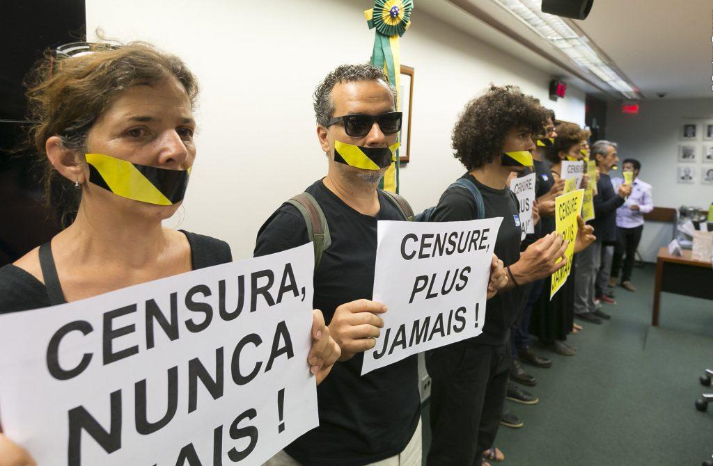 Don't shut me up: Bolsonaro on fertile ground to threaten and censor public debate in Brazil