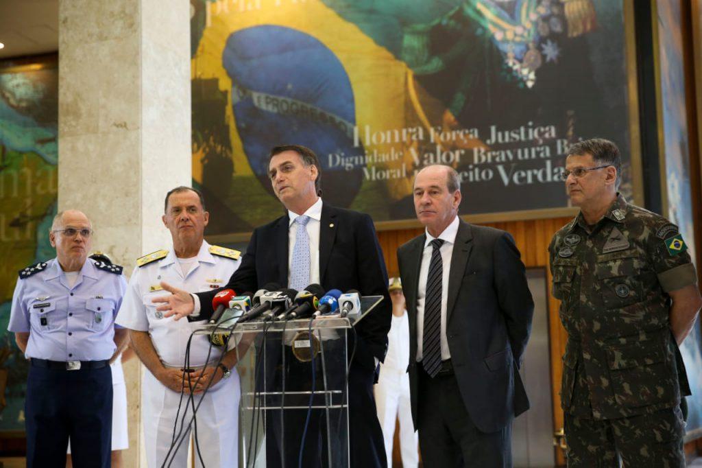 USOS DO PASSADO AUTORITÁRIO E A CRISE DA DEMOCRACIA NO BRASIL: o que podemos esperar de 2022?